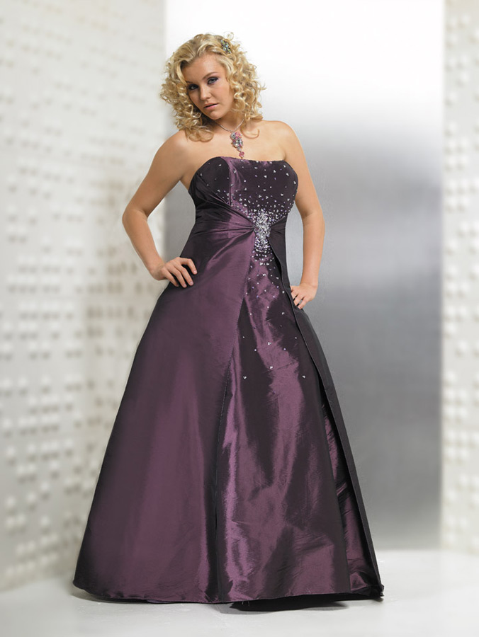 Plus size mother of the bride dresses gallery 1 for Colored wedding dresses plus size
